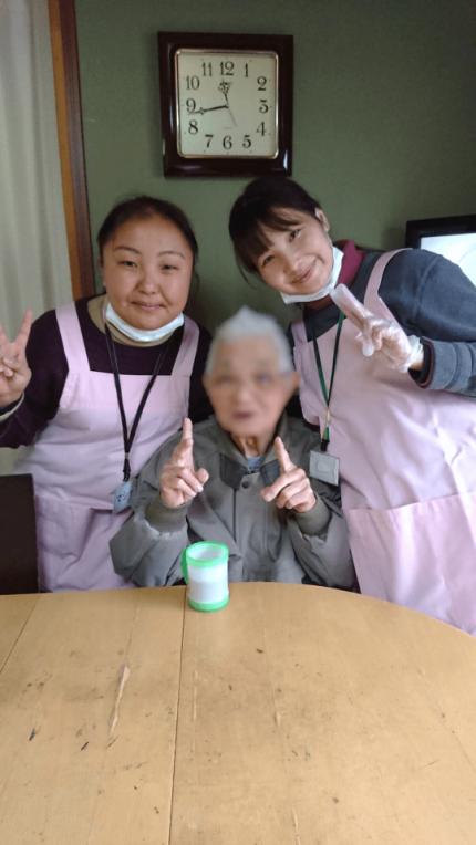 技能実習に向けて介護を学ぶキルギスから来た学生