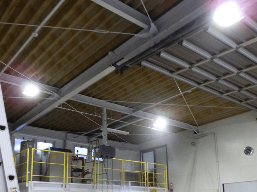 工場 LED照明 設置写真