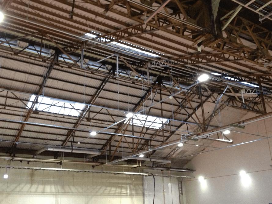 工場内 LED照明 設置写真